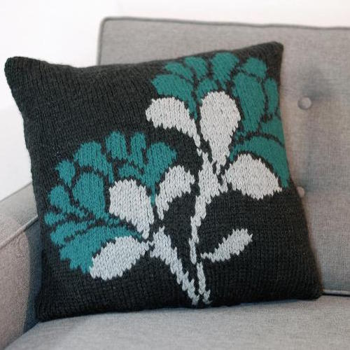 flower knit pillow