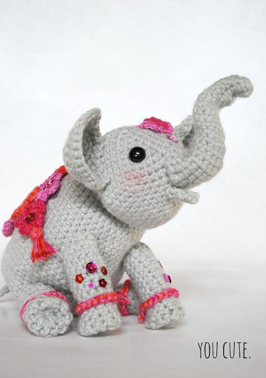 FREE Amigurumi Painted Crochet Elephant Pattern