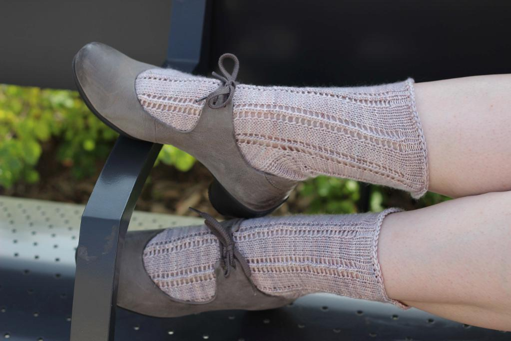 Perge Free Sock Knitting Pattern