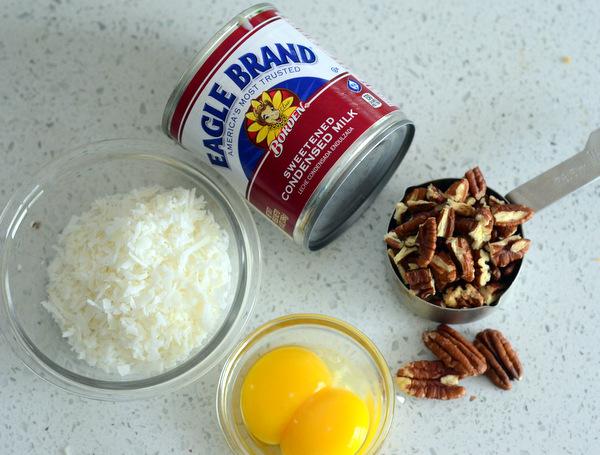 Coconut Pecan Frosting Ingredients