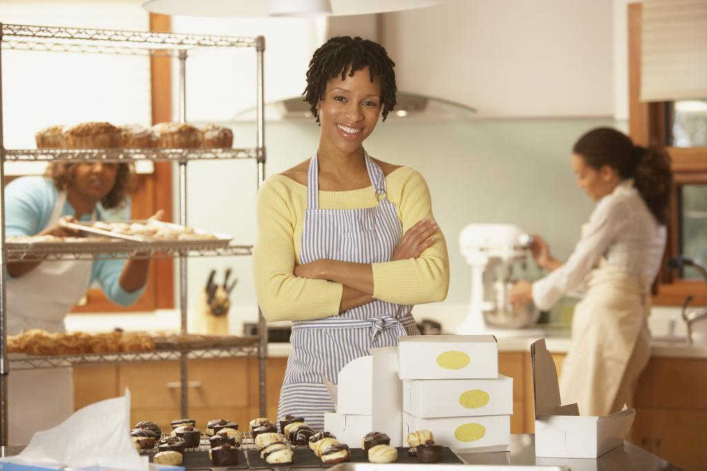 Should You Start a Cake Business from Home?