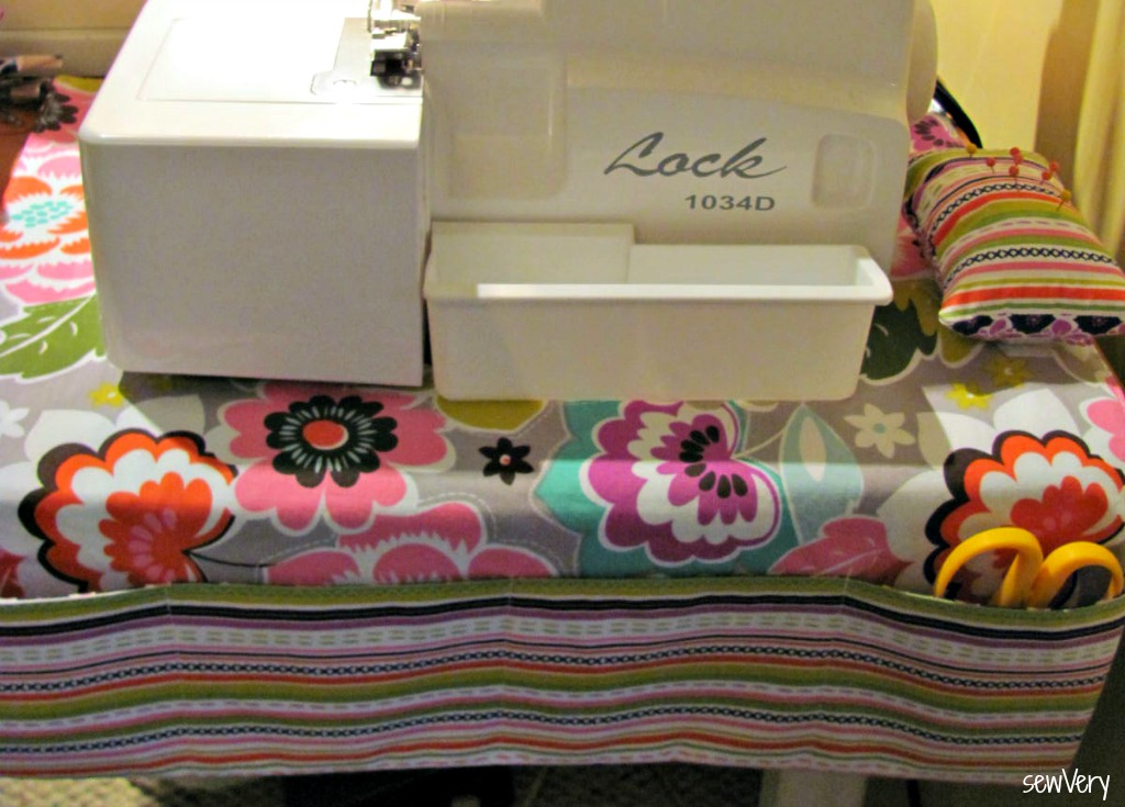 Sew a non-skid sewing machine mat/organizer