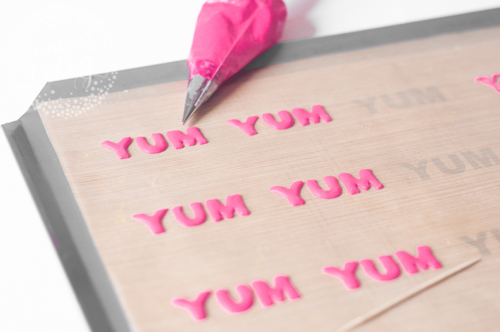 Royal icing letters tutorial