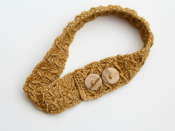 Cable Stitch Crochet Headband With Buttons