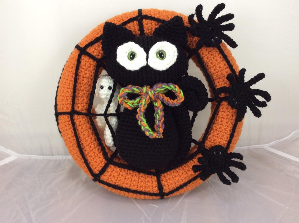 Spooktacular Halloween Crochet Wreath Pattern
