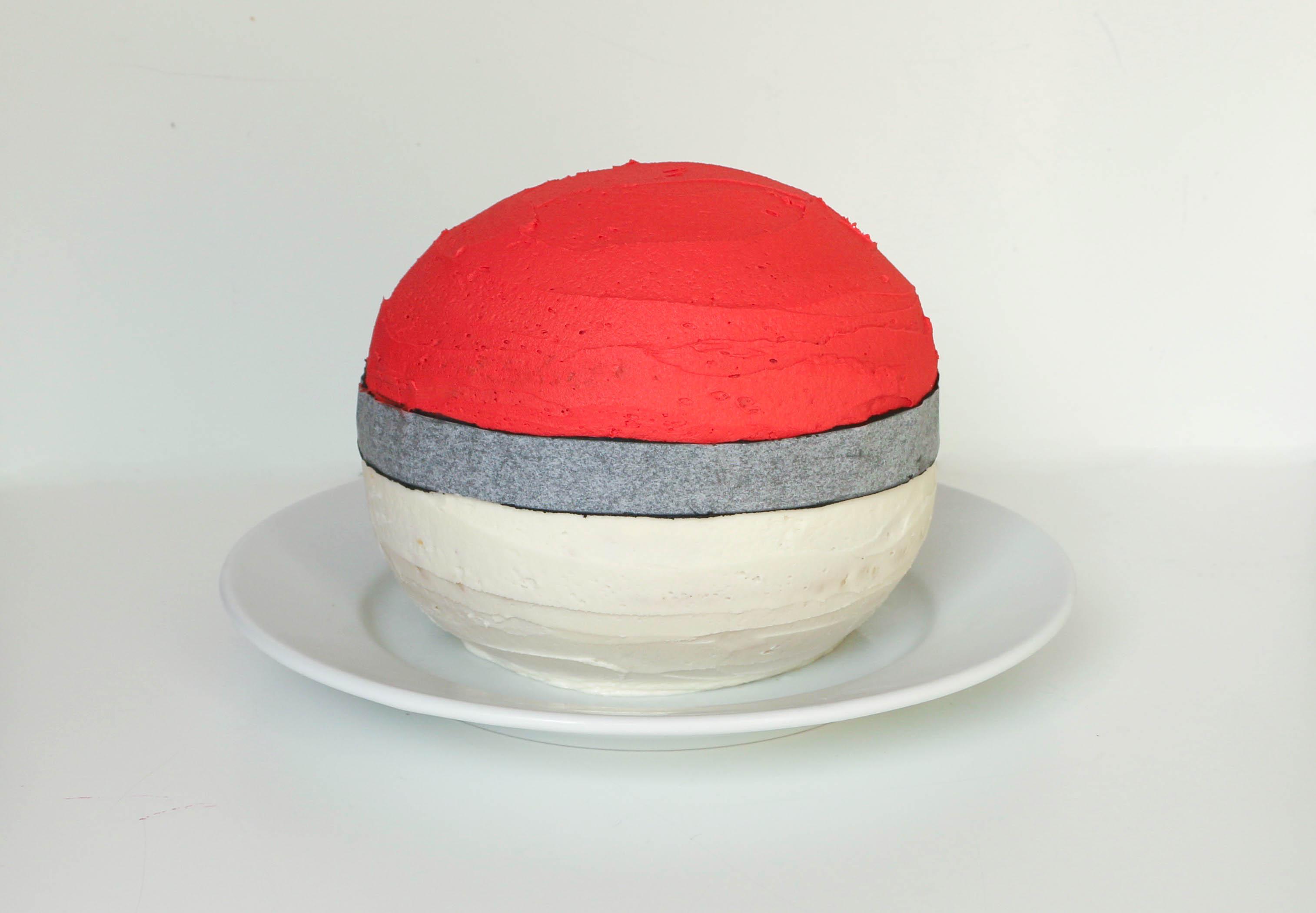 Strip Wrapped Around Cake | Erin Gardner | Bluprint