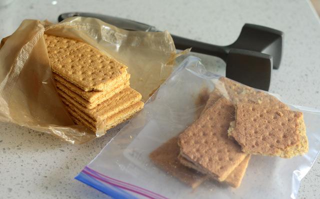 Crushing Graham Crackers for No-Bake Graham Cracker Crust