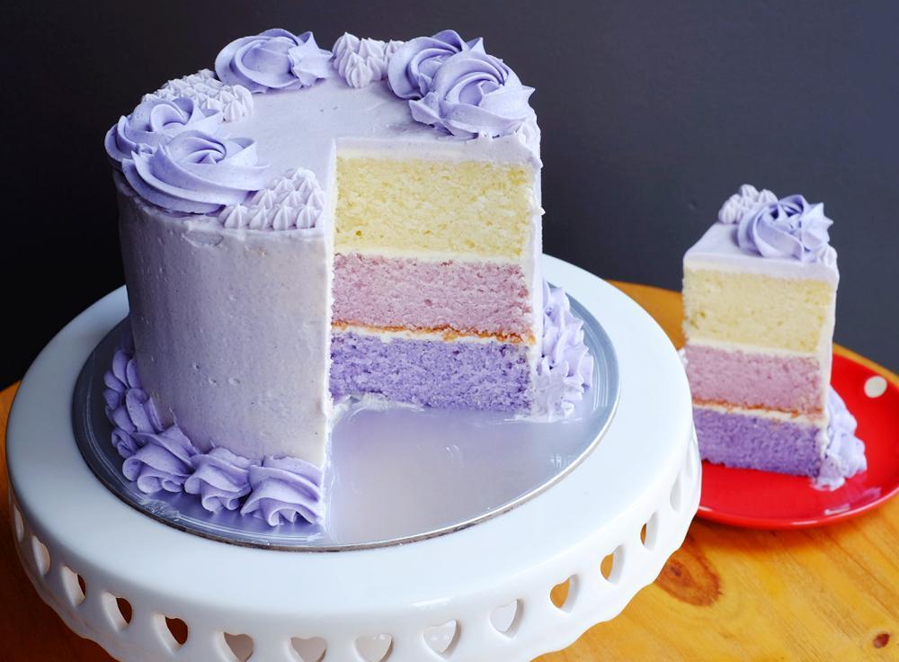 One Tier Wedding Cake | Cake by Cherie L | Erin Gardner