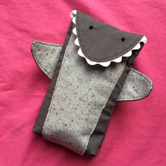 DIY Shark Pouch