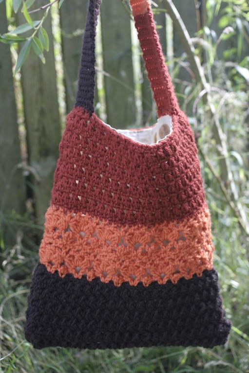 Lace Shoulder Bag Crochet Pattern