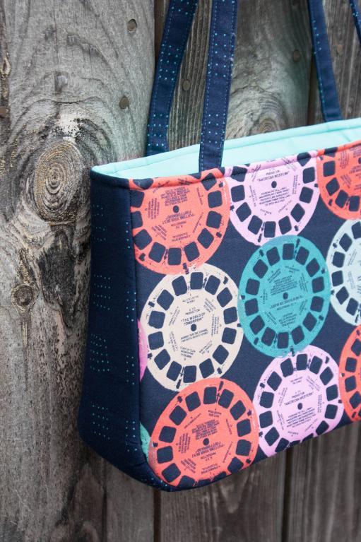 Sara Lawson's Baker Street Bag Pattern