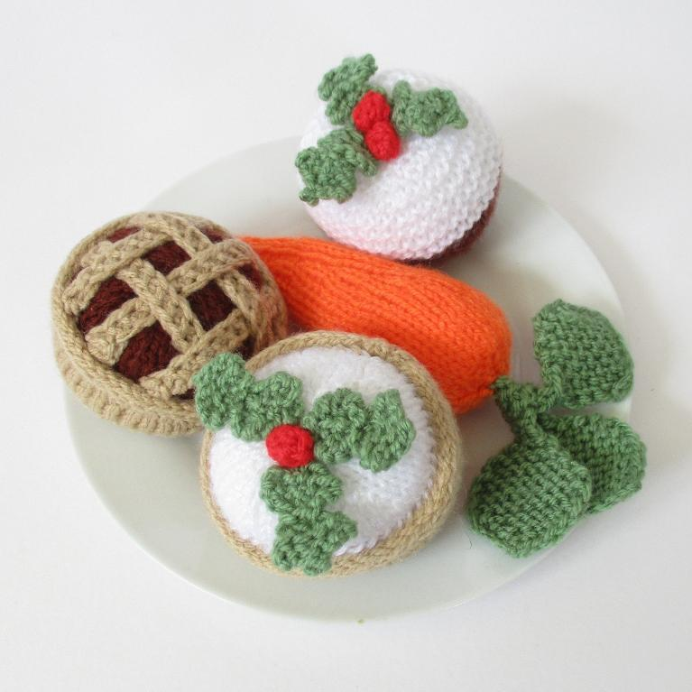 Knitted Treats for Santa and Rudolph