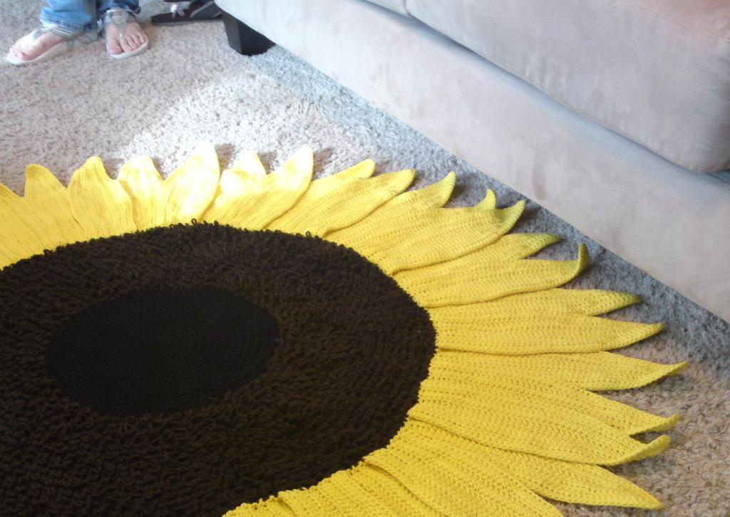 Sunflower Rug Crochet Pattern