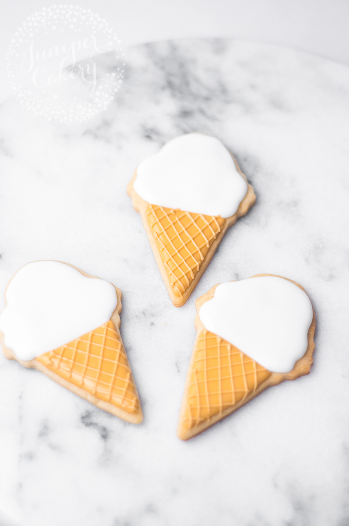 How to decorate easy ice cream cone cookies