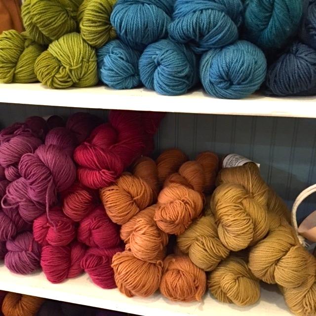 yarn shelf