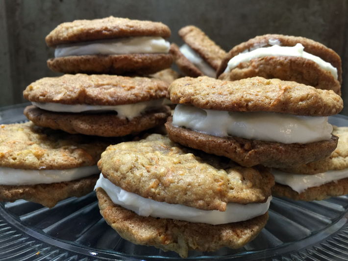These Carrot Cake Whoopie Pies Are the BEST Afternoon Snack