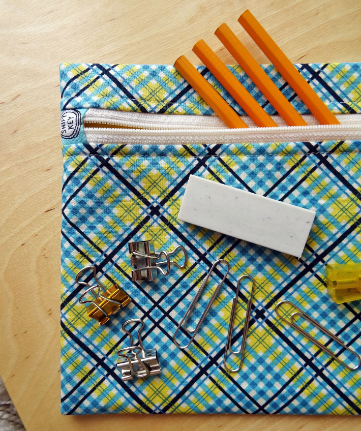 Learn how to sew this handy zippered pouch to hold pencils, office supplies or whatever you need!