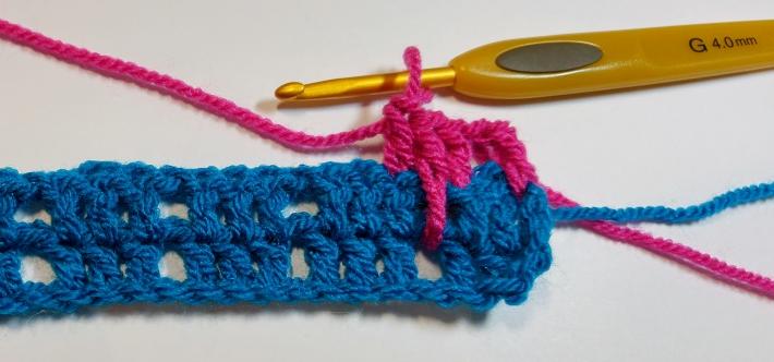 First Larksfoot Stitch