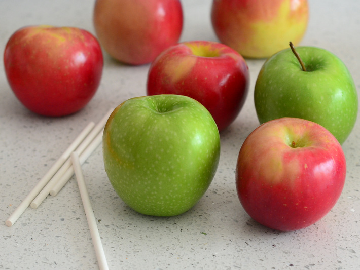 How to Choose Apples for Candy Apples