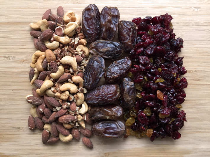 Three Essential Ingredients for DIY Fruit and Nut Bars