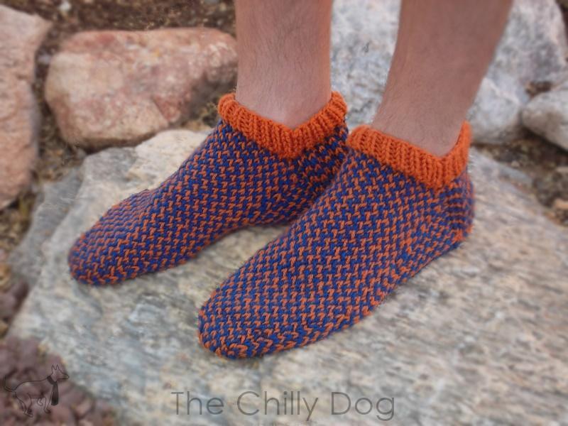 Team Spirit Slipper Socks Knitting Pattern