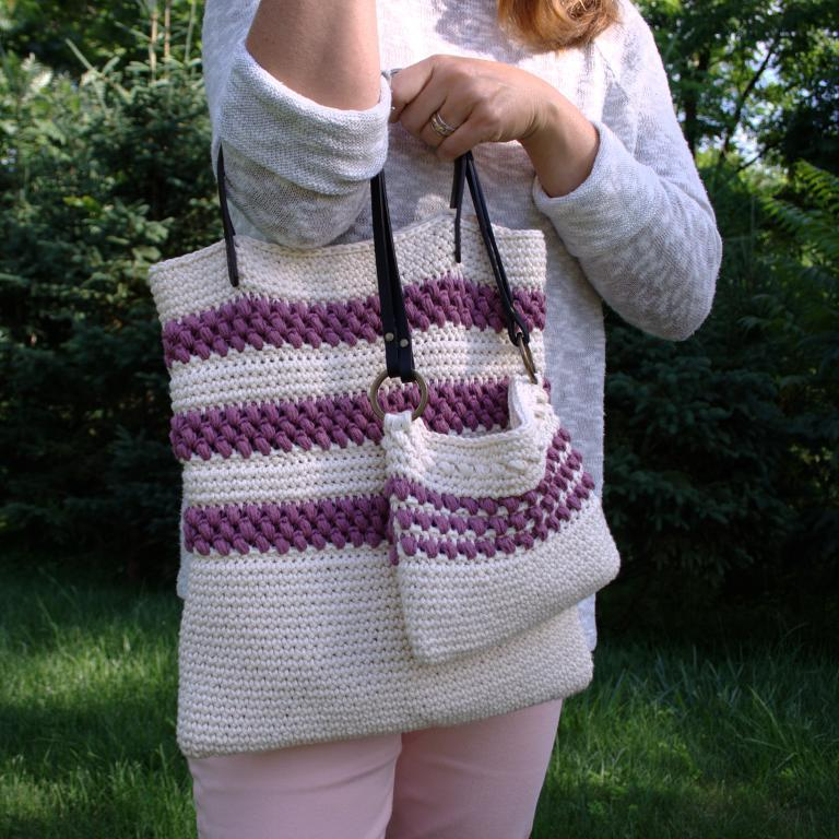 Red Clover Tote and Mini Tote Crochet Pattern
