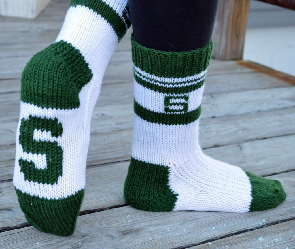 Sports Team Slipper Socks Knitting Pattern
