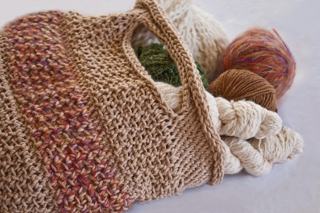 Colorblock Tote FREE Crochet Pattern