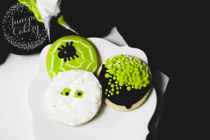 Three Spooky Halloween Cookies from One Circle Cutter