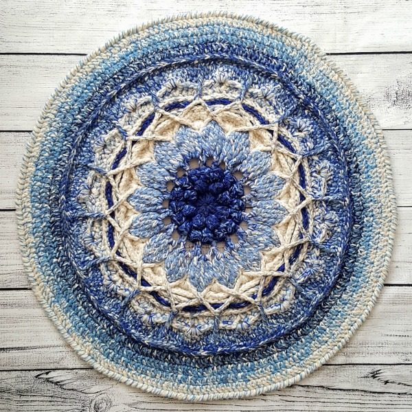 Get our top tips and tricks for making stunning crochet rugs