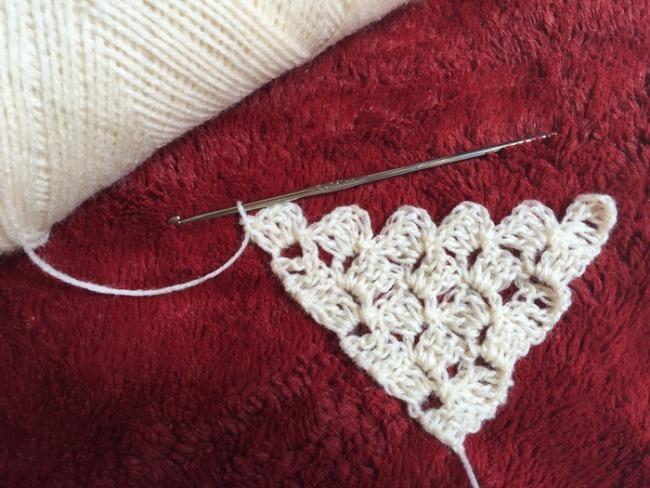 Advanced crochet stitches: Corner-to-corner