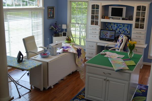 Kimberly Einmo's sewing room