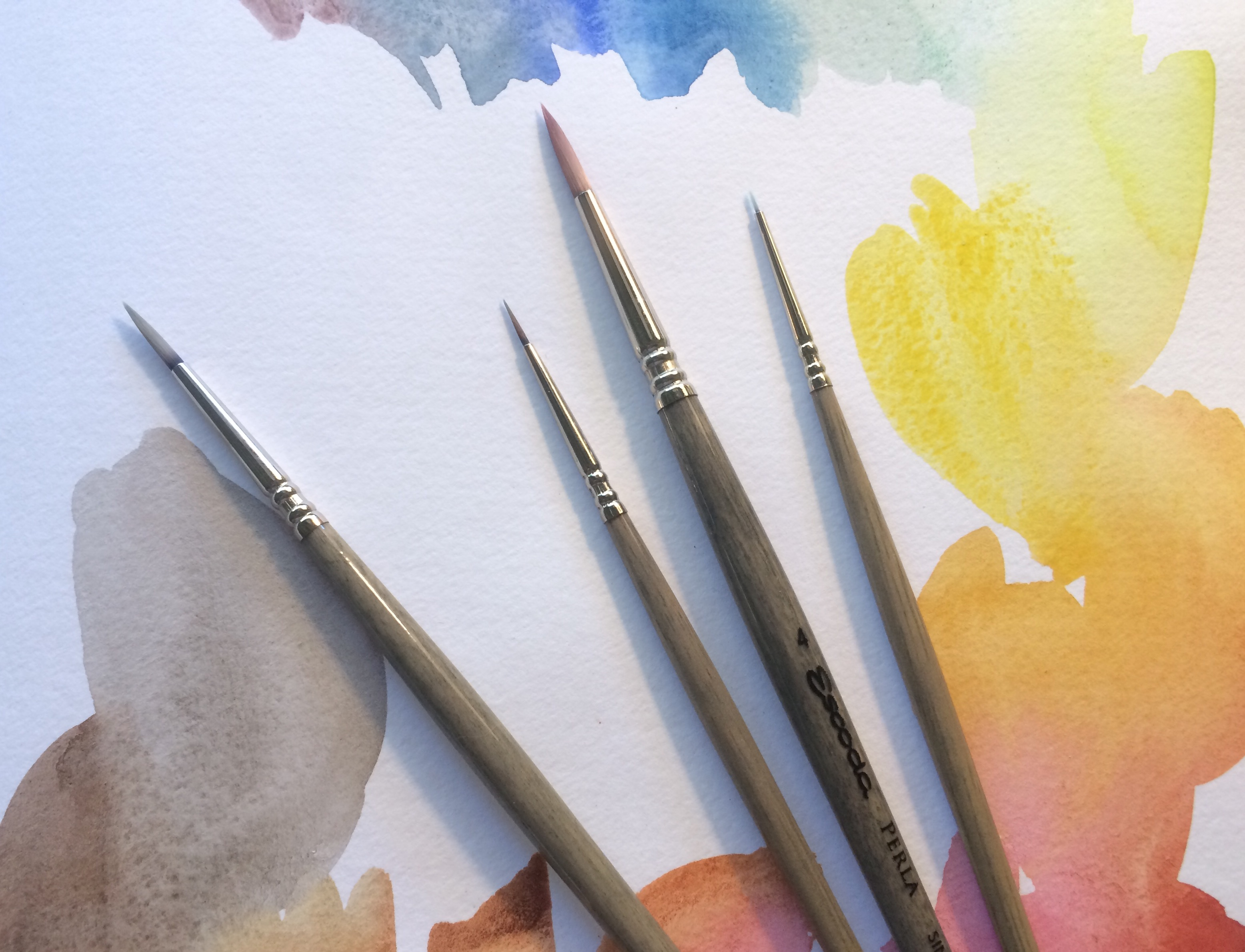 Choosing & Using Synthetic Watercolor Brushes