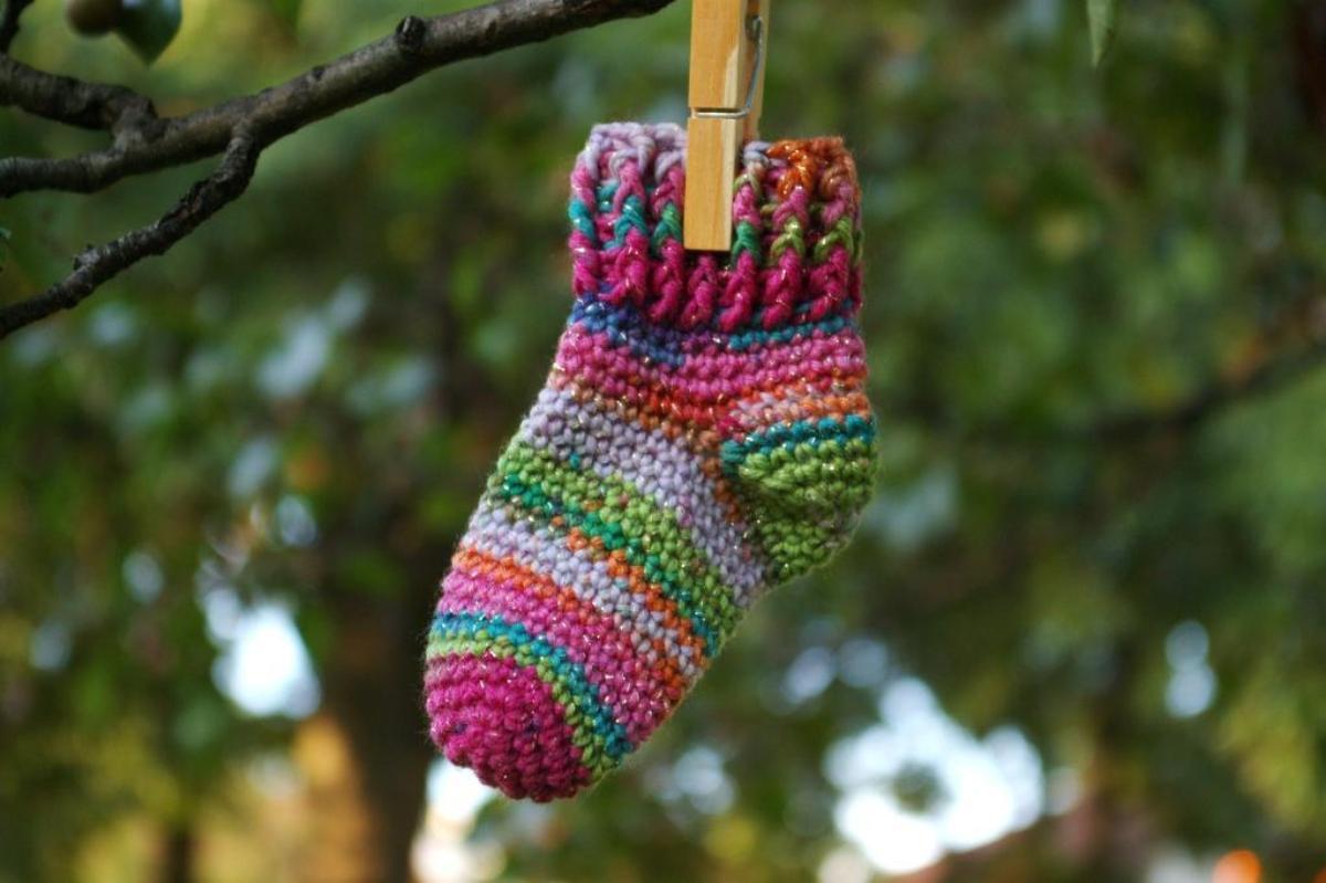 Arianna Baby Socks Crochet Pattern