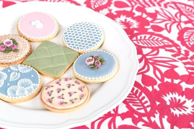 Cookies by Bluprint Instructor and Cake Masters Magazine Awards Finalist Amber Spiegel