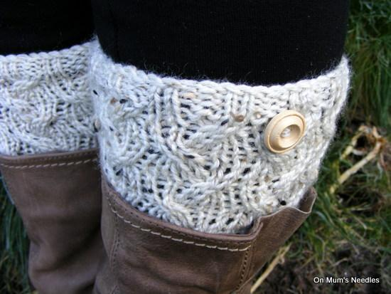 Cable Waves Boot Snugs FREE Knitting Pattern