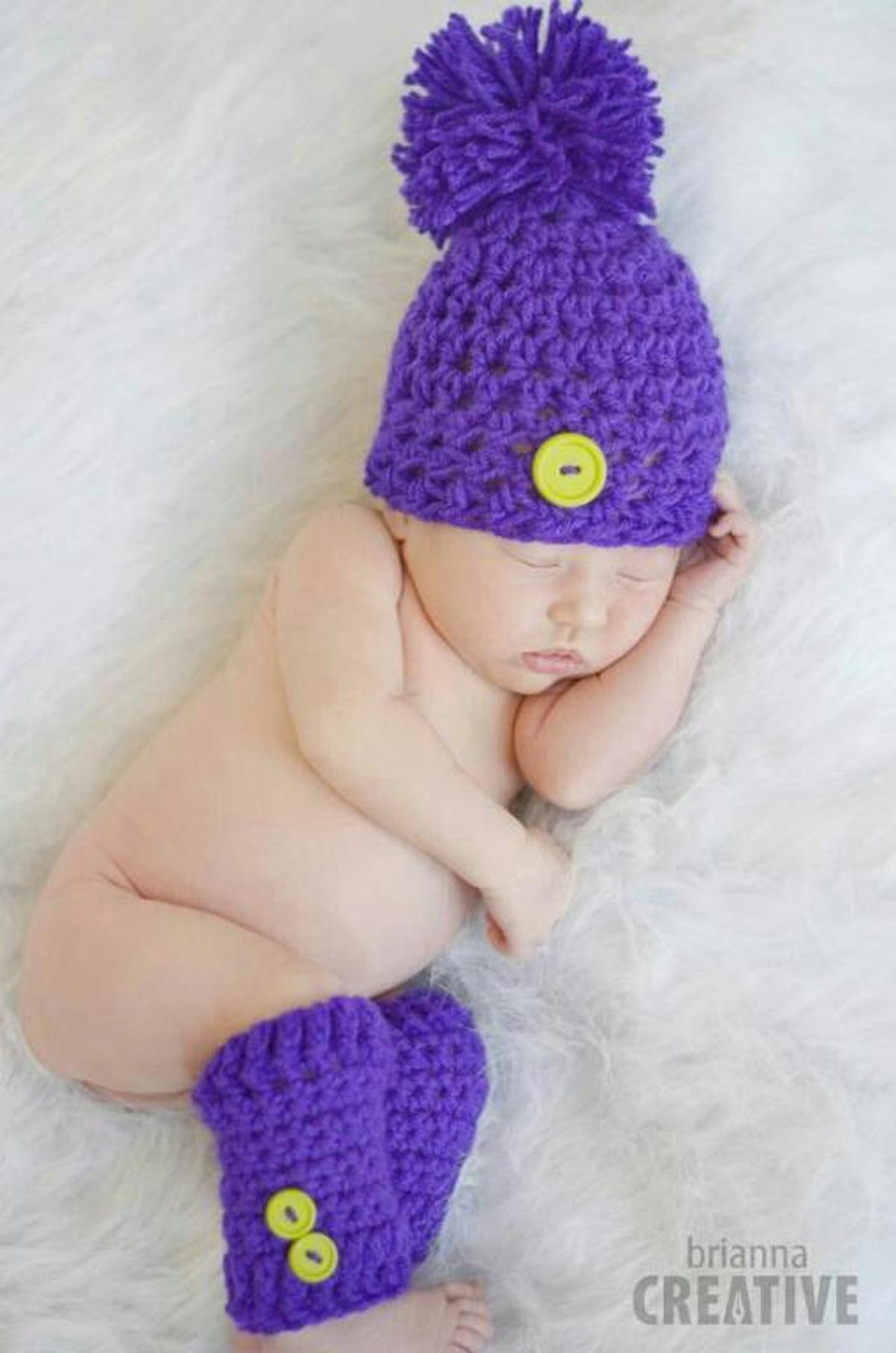 Newborn Button and Lace Hat Crochet Pattern