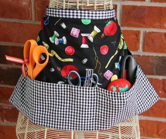 FREE Hobby Apron Pattern - Get Sewing