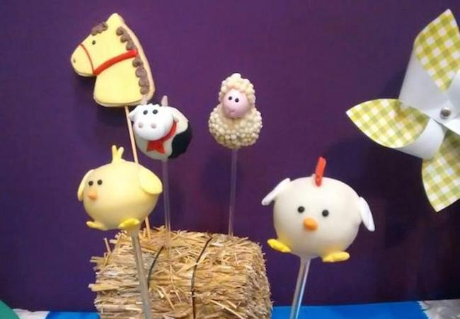 Cake Pop Display by Loli Gasparri