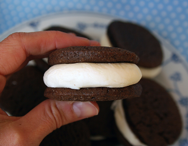 Double-Stuff Homemade Oreos