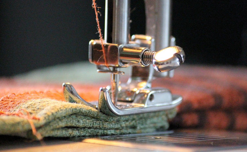 vintage sewing machine thick or thin