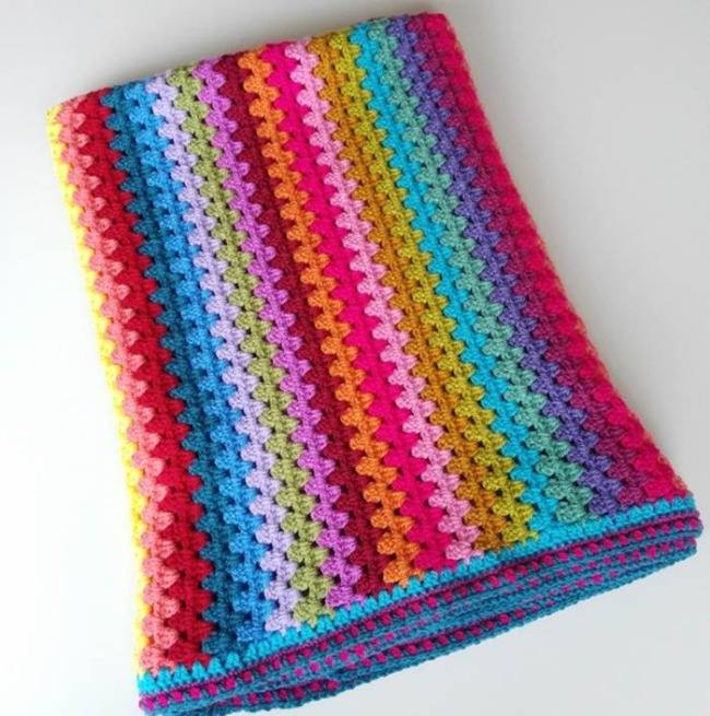 Granny stripe crochet pattern blanket by Crafternoon Treats
