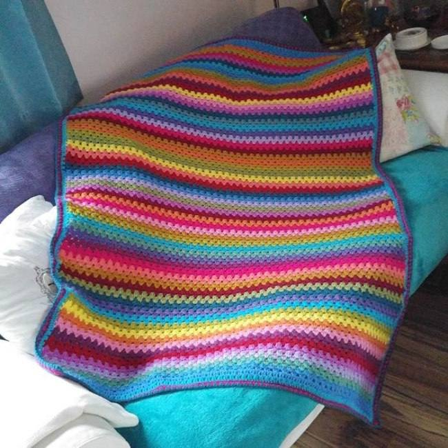 Granny stripe crochet pattern lap blanket by Crafternoon Treats