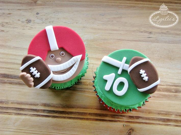 football cupcake tutorial