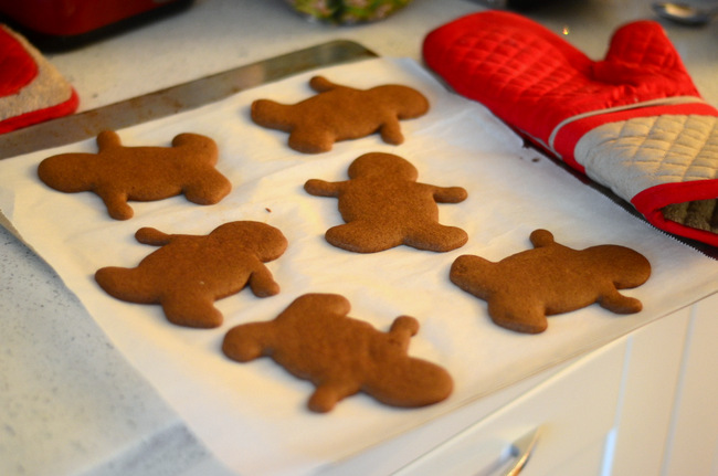 How to Make Gluten Free Gingerbread Men