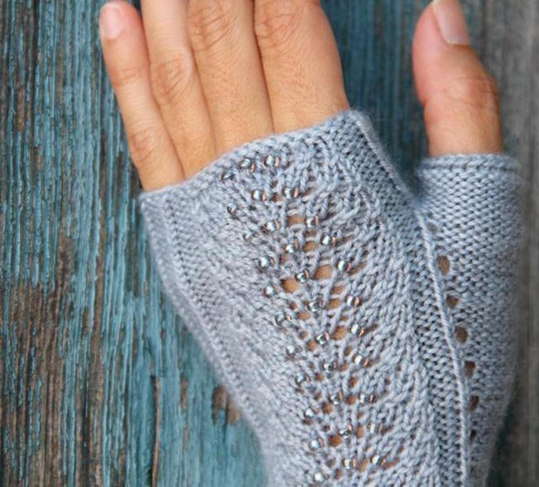 Mica Mitts Knitting Pattern