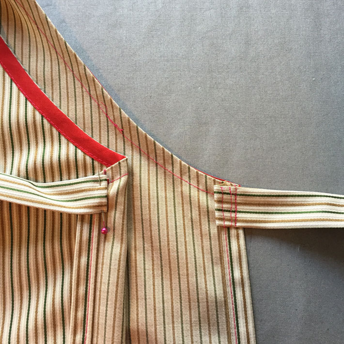 attach waist ties to apron