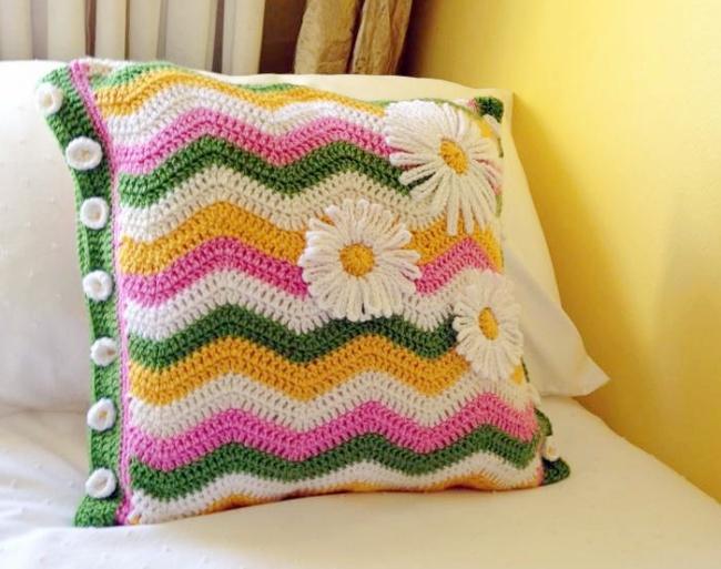 Ripple crochet cushion