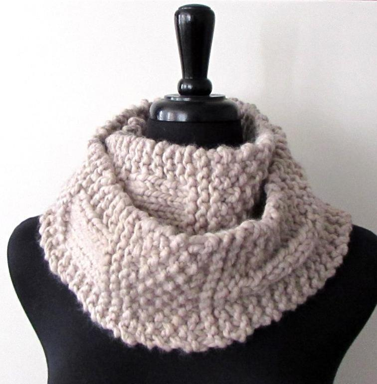 Ample Sample Chunky Scarf Knitting Pattern