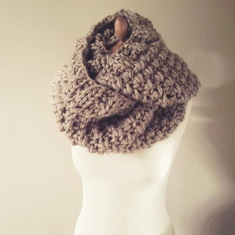 Antheia Super Chunky Infinity Scarf Pattern